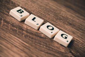 square blocks that spell blog